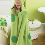 Kids Hooded Bath Wraps only $8.98 shipped (regularly $19.99)