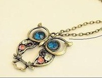 vintage-owl-pendant-necklace