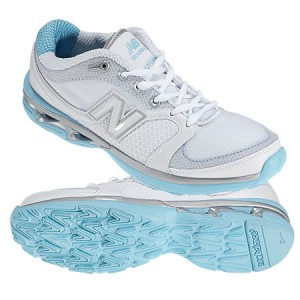 womens-new-balance-shoes