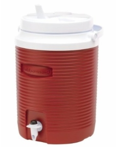 rubbermaid-2-gallon-water-jug