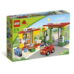 LEGO-Duplo-gas-station