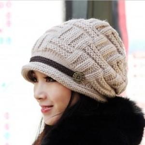 womens-knit-snow-hat