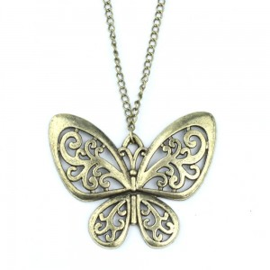 vintage-butterfly-necklace