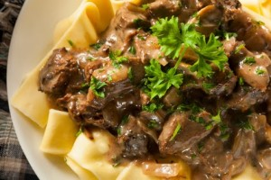 Creamy-beef-over-noodles