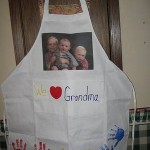Grandparent's Day Gifts on a Budget: Hand Print Photo Apron!